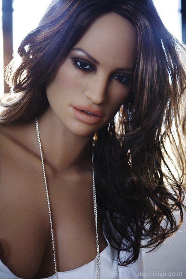 Renee gehört zu den beliebtesten Modellen der Silikonpuppen